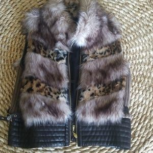 Guess faux fur vest